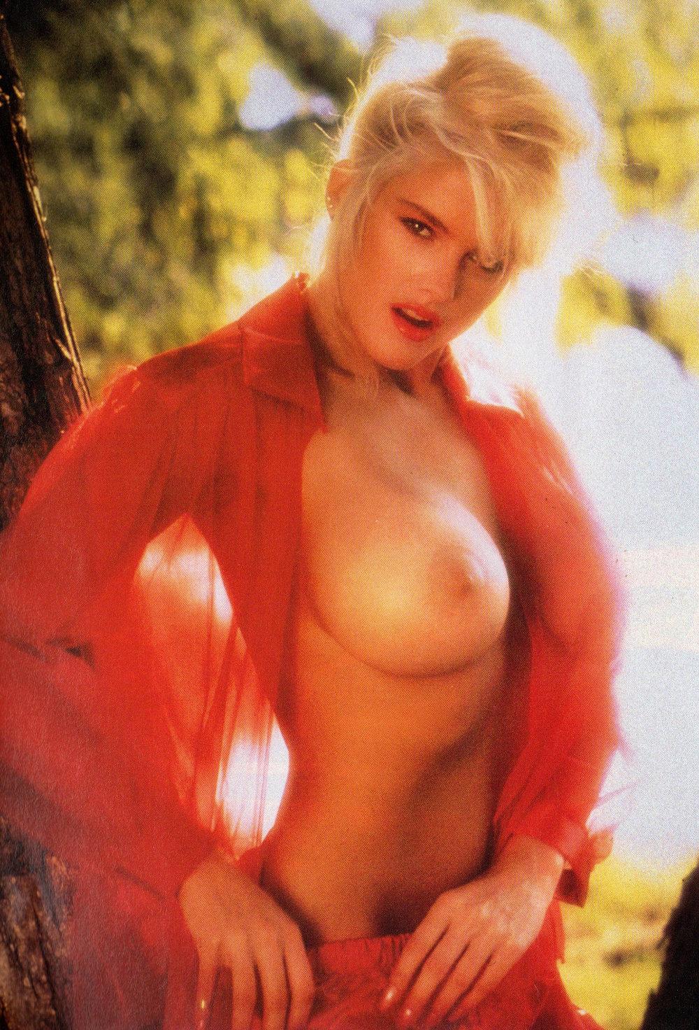Anna Nicole Smith 02.jpg
