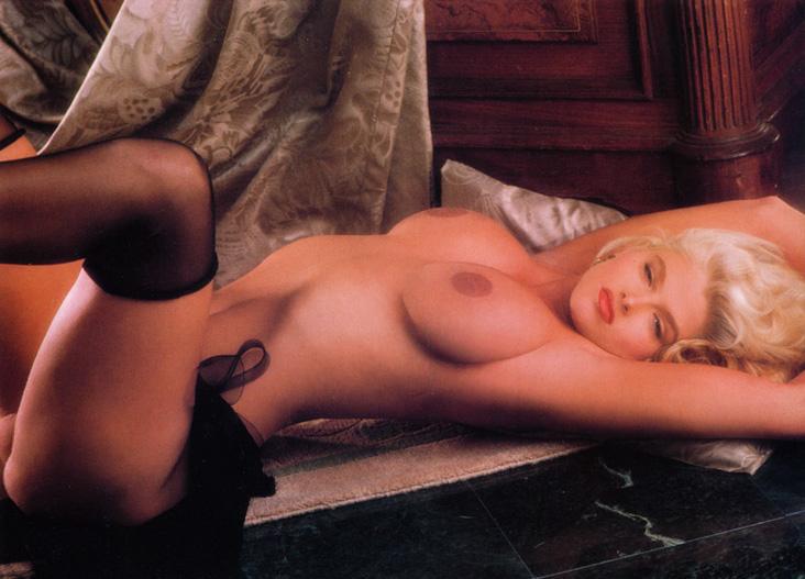Anna Nicole Smith 16 Playboy 1992.jpg