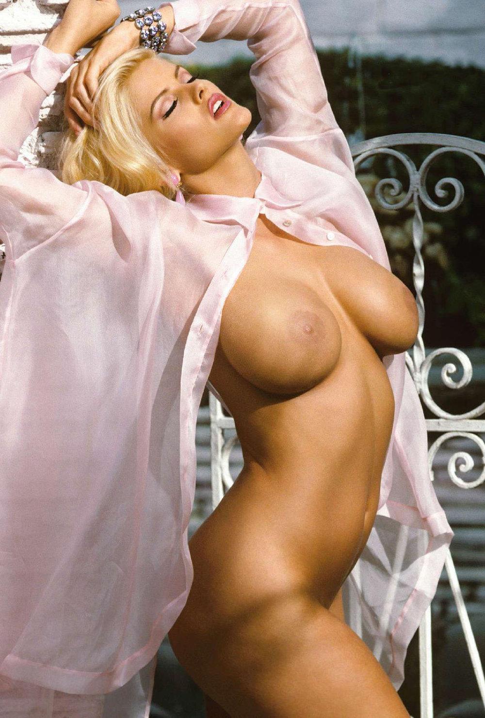 Anna Nicole Smith 28.jpg