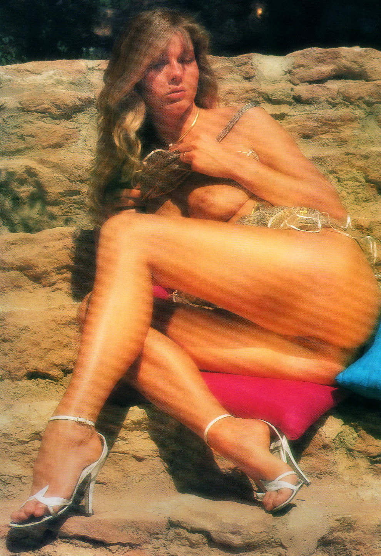 03 Bronzed Legs Sex World Magazine High Heels 1988.jpg