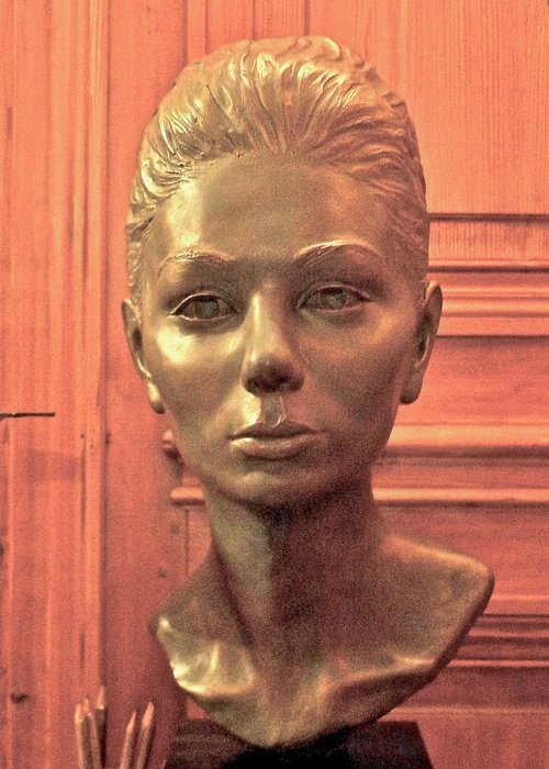 portrait bust of empress farah pahlavi of iran sculpture by mehri