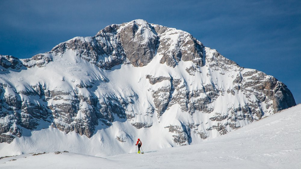 # ski touring - Our ski touring & snowboarding cheat sheet, making your way to riding lines, easy!