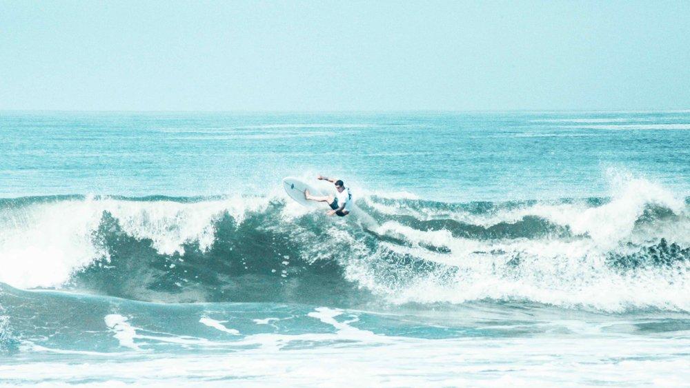 Surf camp in Bali