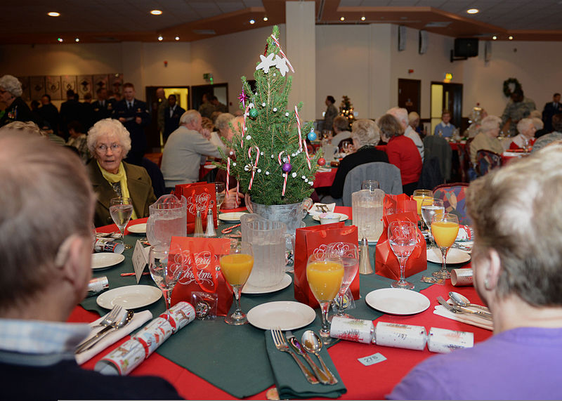 Attendees_socialize_during_the_Senior_Citizens'_Christmas_Party_at_RAF_Mildenhall,_England,_Dec._11,_2013_131211-F-DL987-041.jpg