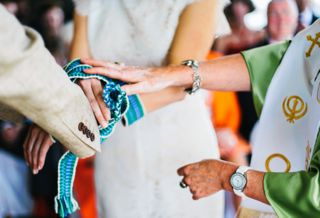 geraldine-bown-alternative-wedding-hand-fasting.jpg