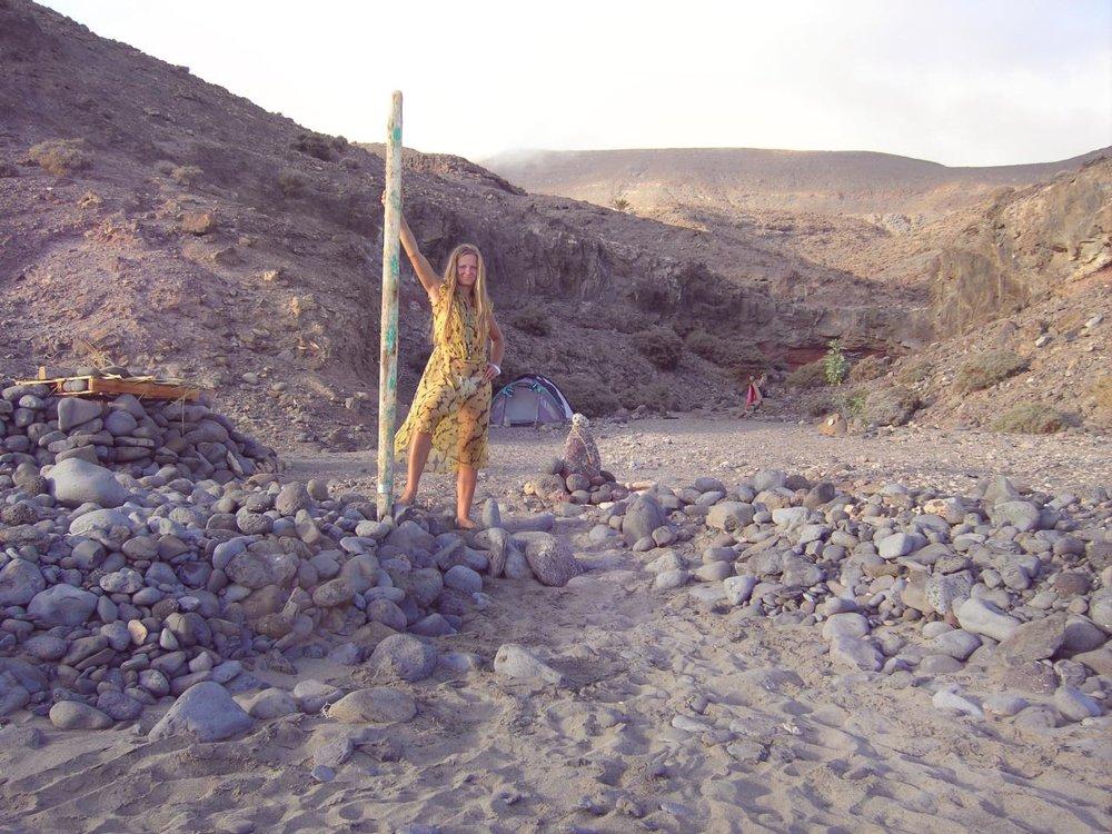 PICT3473-MD-wild-inner-womens-retreat-modern-day-monkhood-fuerteventura-monk-canary-woman-yellow.jpg