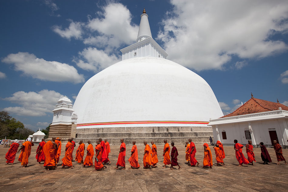 Sri Lanaka is a magical Buddhist island filled with ancient history and beauty