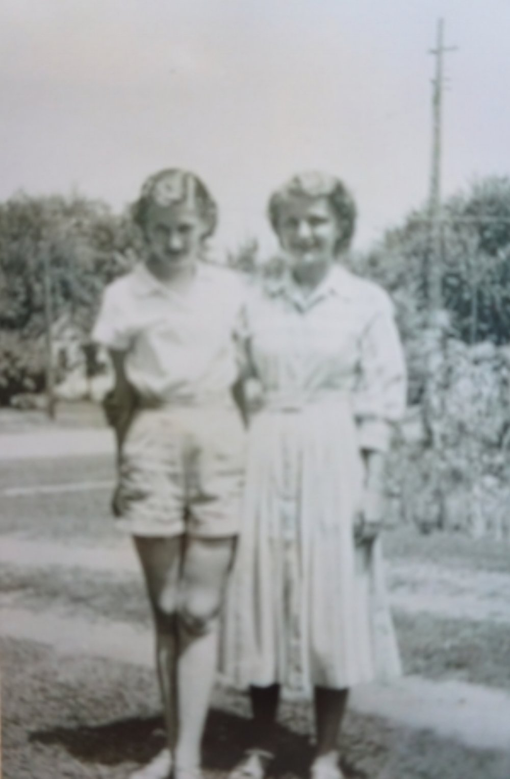 Joyce Sherman and Phyllis Utz, Maryville, MO, 1951.