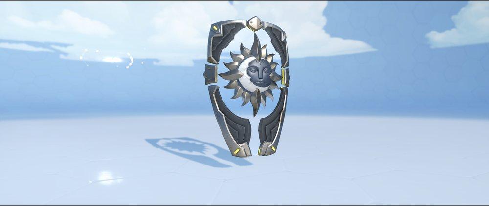 Mani shield front legendary skin Brigitte Overwatch.jpg