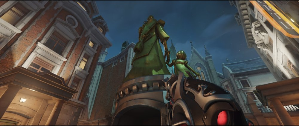 Statue spot defense Widowmaker Kings Row Overwatch.jpg