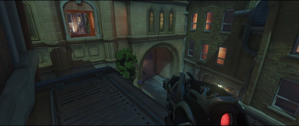 Starting point two second point defense Widowmaker Kings Row Overwatch.jpg