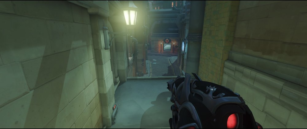 Flank second point defense Widowmaker Kings Row Overwatch.jpg