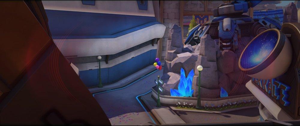Basic spot high ground defense sniping spot Widowmaker Blizzard World Overwatch.jpg
