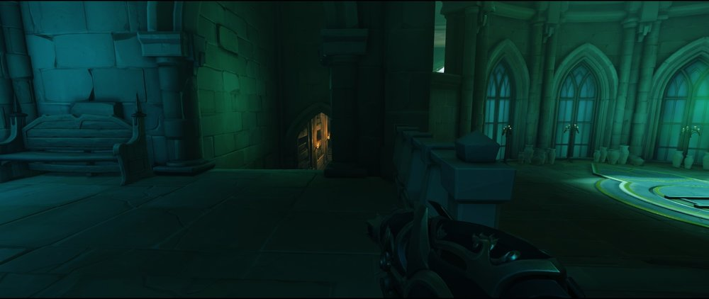 Road left side third point defense sniping spot Widowmaker Blizzard World Overwatch.jpg