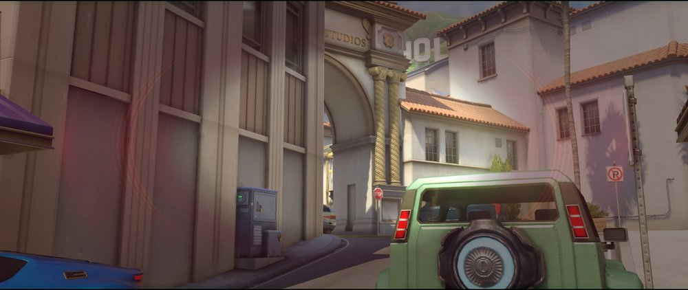 Mid vision offense Widowmaker sniping spots Hollywood Overwatch.jpg