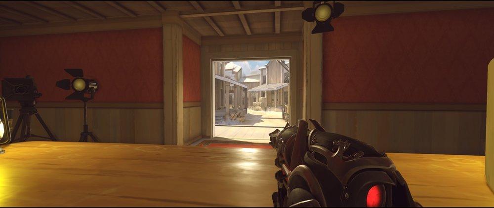 Hotel defense Widowmaker sniping spots Hollywood Overwatch.jpg