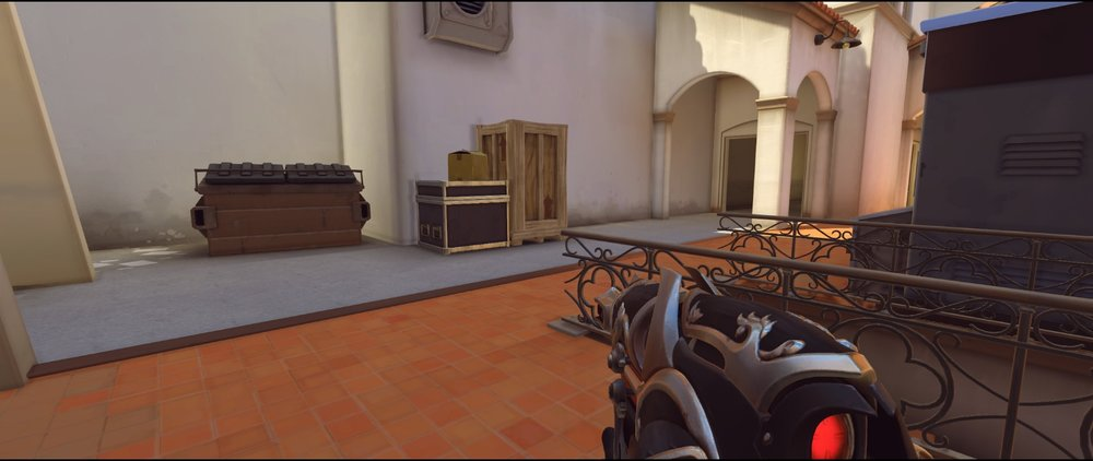 Side attack third point Widowmaker sniping spot Hollywood Overwatch.jpg