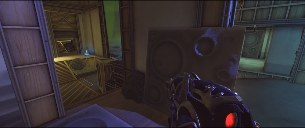 Main third point attack Widowmaker sniping spot Hollywood Overwatch.jpg