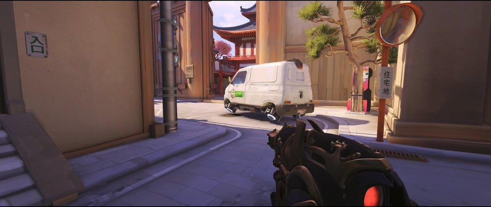 District offense Widowmaker sniping spot Hanamura Overwatch.jpg