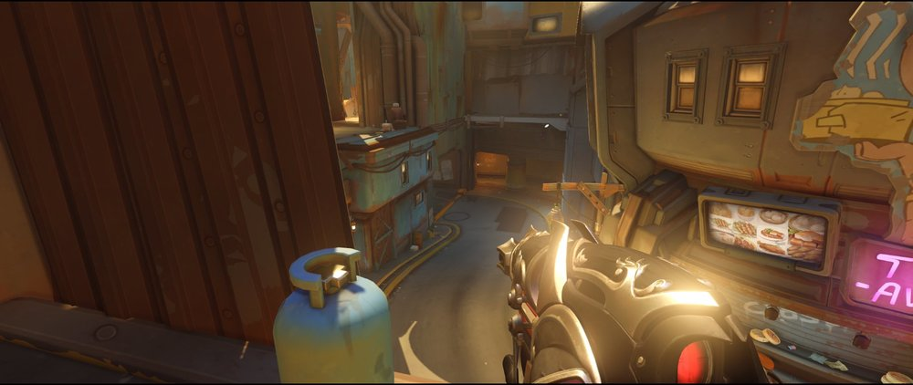 Balcony defense Widowmaker sniping spot Junkertown.jpg