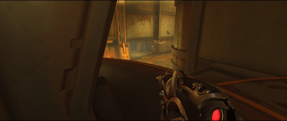 Platform right defense Widowmaker sniping spot Junkertown.jpg