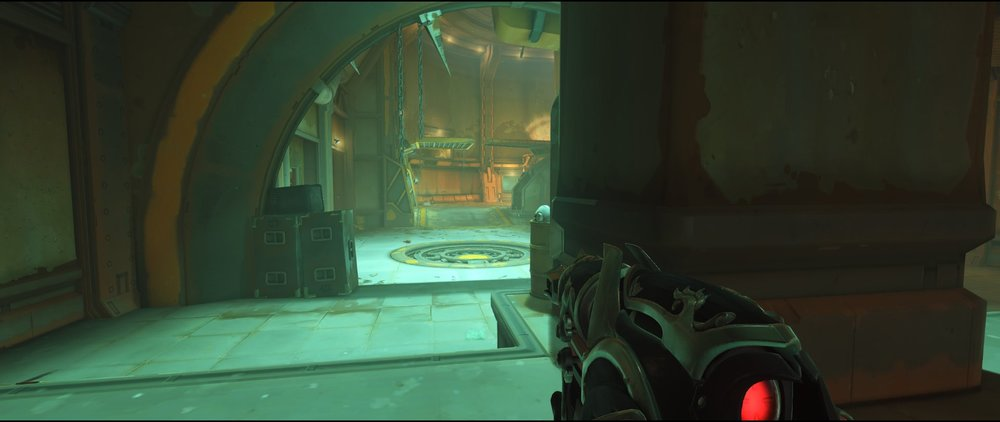Cave far behind defense Widowmaker sniping spot Junkertown.jpg