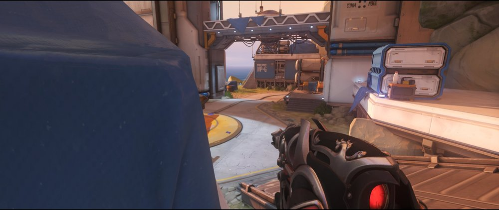 Spawn box left side attack sniping spot Widowmaker Watchpoint Gibraltar.jpg