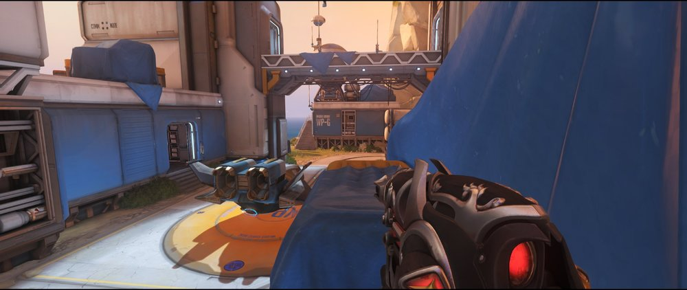 Spawn box left side two attack sniping spot Widowmaker Watchpoint Gibraltar.jpg
