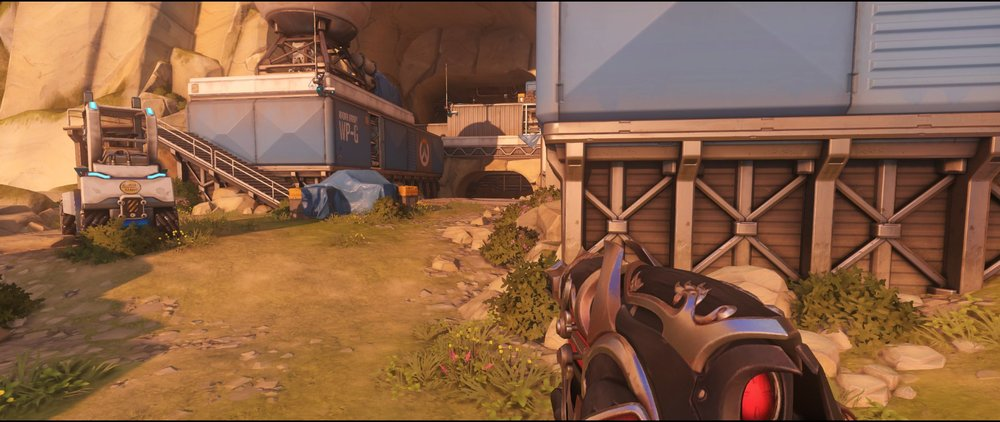 Long view attack sniping spot Widowmaker Watchpoint Gibraltar.jpg