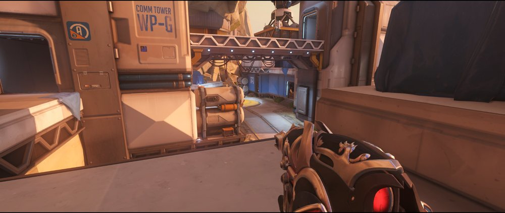 Rooftop defense sniping spot Widowmaker Watchpoint Gibraltar.jpg