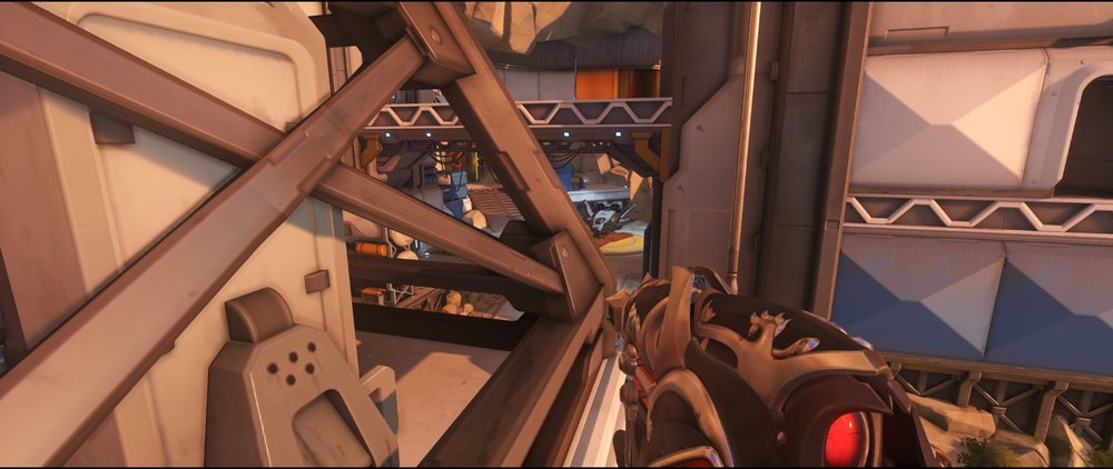 Side globe one defense sniping spot Widowmaker Watchpoint Gibraltar.jpg