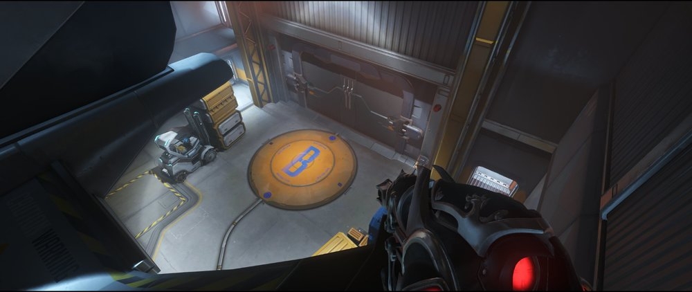 Shuttle right view attack sniping spot Widowmaker Watchpoint Gibraltar.jpg