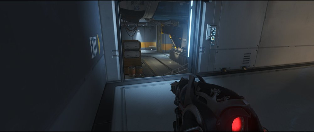Access door defense sniping spot Widowmaker Watchpoint Gibraltar.jpg