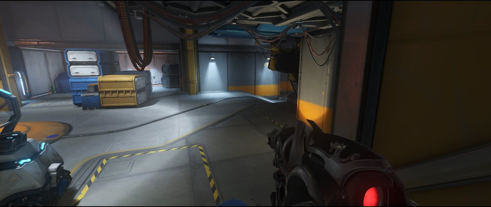 Pillar second point defense sniping spot Widowmaker Watchpoint Gibraltar.jpg