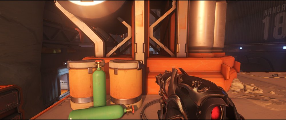 Pipeline hiding spot attack sniping spot Widowmaker Watchpoint Gibraltar.jpg
