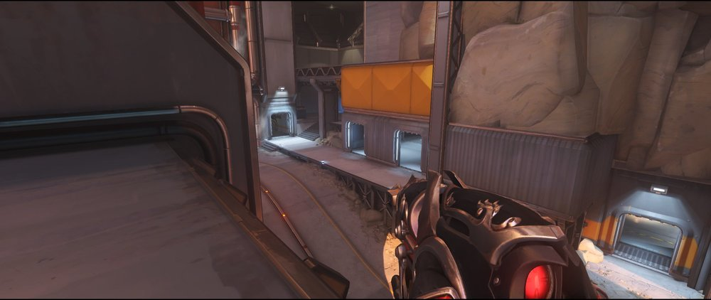 Rooftop view attack sniping spot Widowmaker Watchpoint Gibraltar.jpg