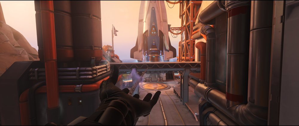 Courtyard to Pass attack sniping spot Widowmaker Watchpoint Gibraltar.jpg