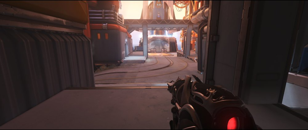 Courtyard ground level right attack sniping spot Widowmaker Watchpoint Gibraltar.jpg
