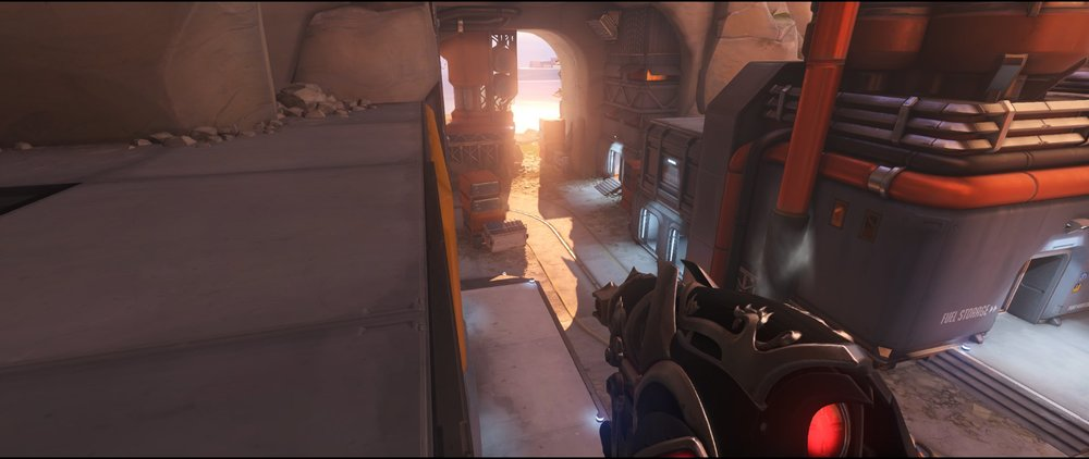 Courtyard defense sniping spot Widowmaker Watchpoint Gibraltar.jpg
