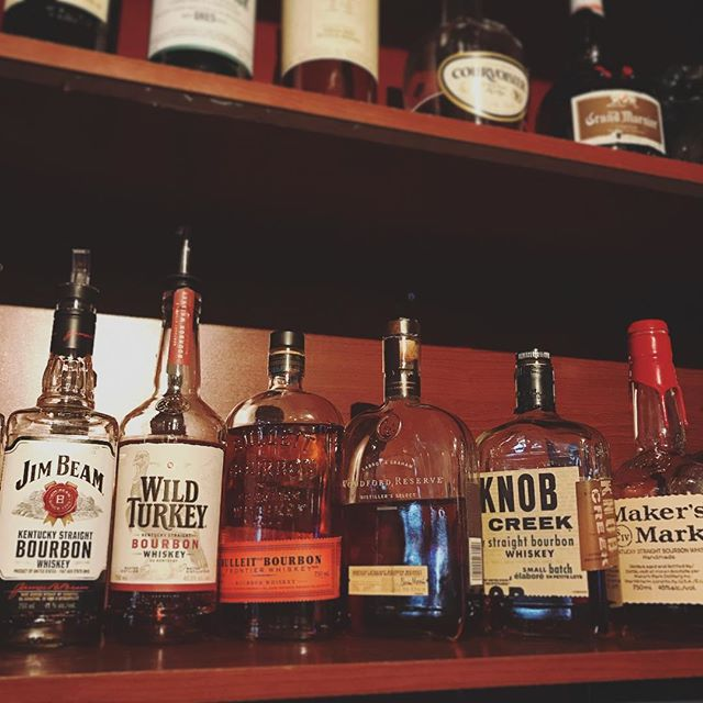 #bourbon and #mondays go together like peanut butter & jam.  We think Hemingway once said that... right? So enjoy 20% all bourbon every Monday. Oh, and don't forget the 1/2 price pool. . . . . . @jimbeamofficial #jimbeam #wildturkey #bulleit #woodfordreserve #knobcreek #makersmark #billiards #liquor #soho #yaletown #vancouver #yvr #summer #booze