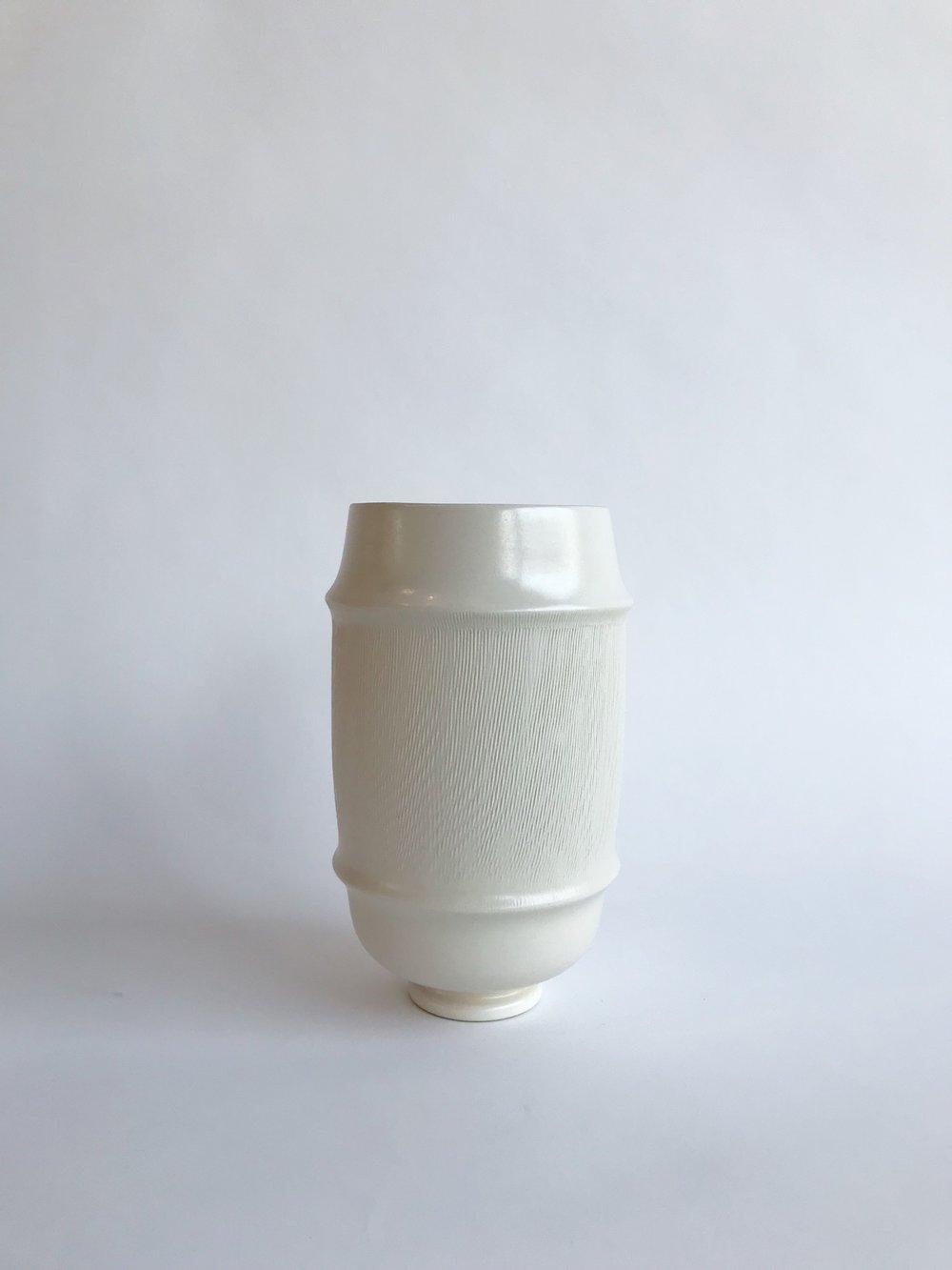 Satin white with texture