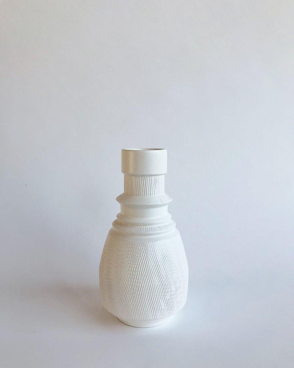 Matte white, textured