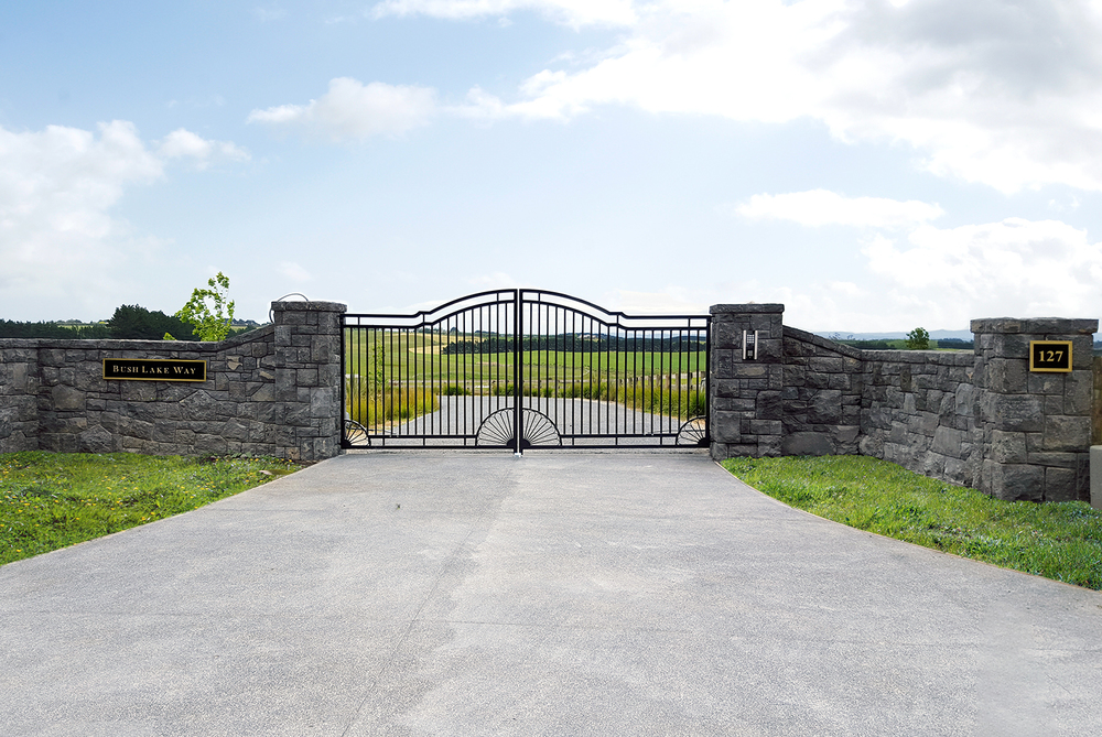 127 batty Rd. GATE image.jpg
