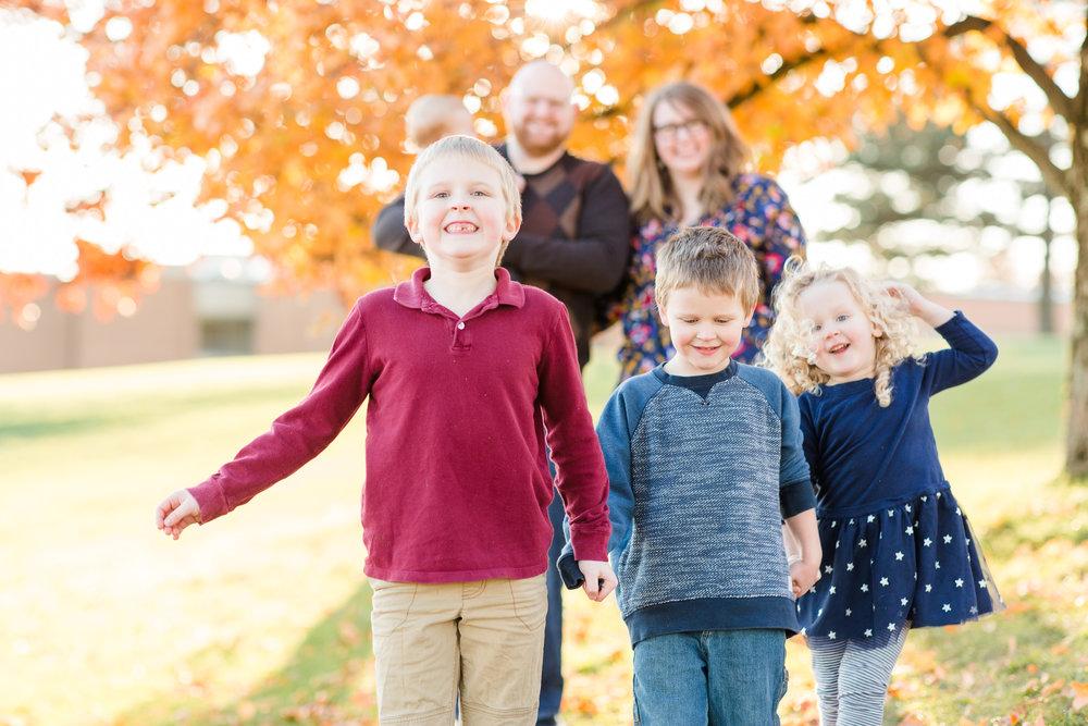 Schmitz Family Fall 2018-0761.jpg