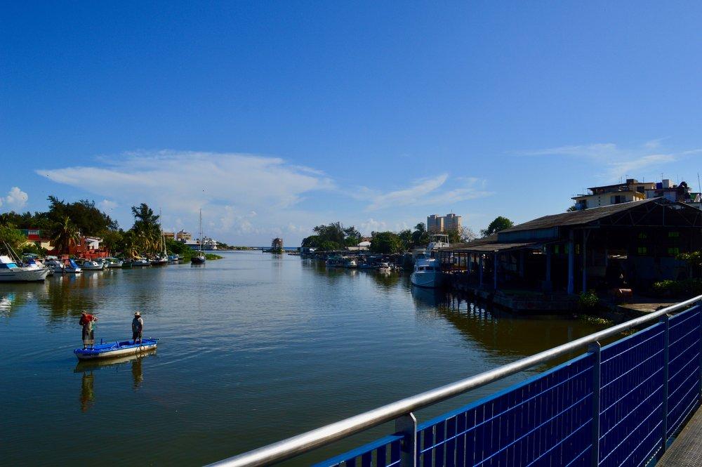 Havana- Los viejos y el mar.jpg