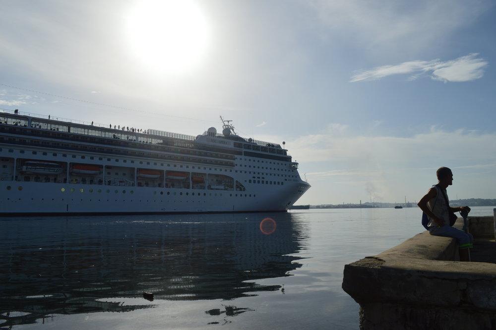 Havana- Yuxtaposición marítimo.JPG