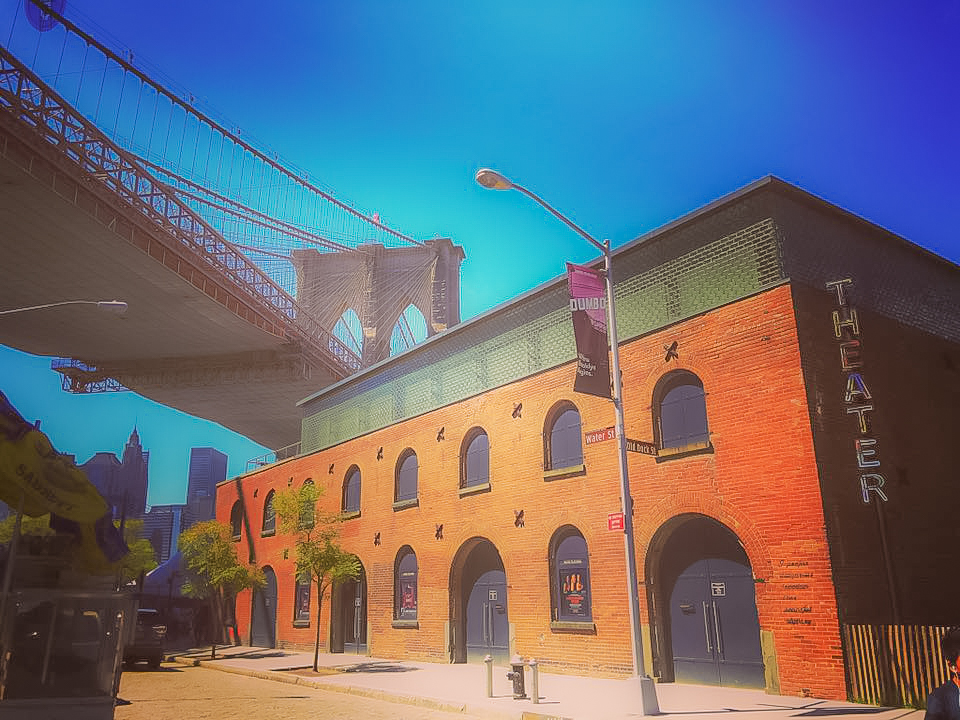 ART, FOOD, FASHION, CULTURE, FUN, ENTERTAINMENT, NETWORKING, SHOPPING, LEARNING CENTER: YOU CAN FIND EVERYTHING IN DUMBO. PHOTO BY LUCAS COMPAN.