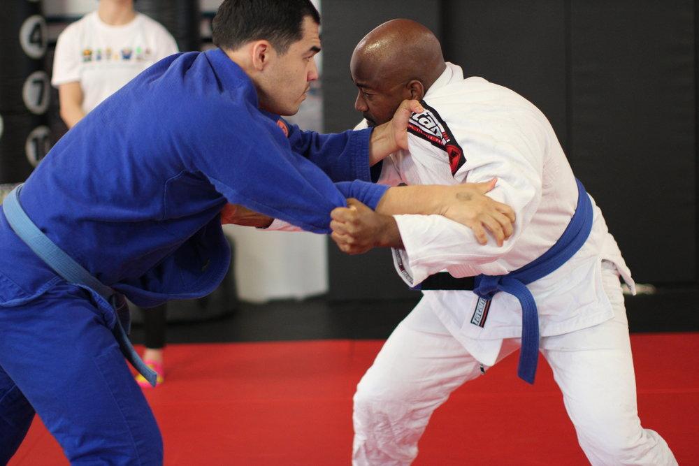 adult-jiu-jitsu-classes.jpg