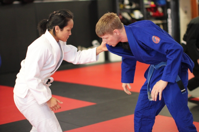 adult-jiu-jitsu-class.jpg