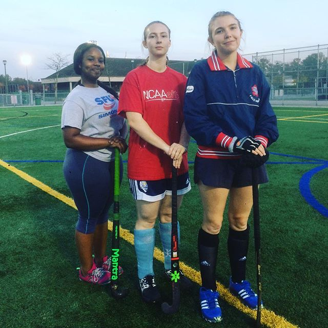 Getting our game faces on  #fieldhockey #hockey #sports #sportswear #fitness #teammates #friends #team #sfu #sfurec #sfulife #vancity #sfufieldhockey #playoffs #university #SFU #unilife #unisportlife #vancouver #vancity #YVR #UBC #sfusports #fieldhockeyplayer #fieldhockeylife #vancitylife #vancitybuzz #likevancouver #vancouverisawesome #fieldhockeyproblems #fieldhockeygirls